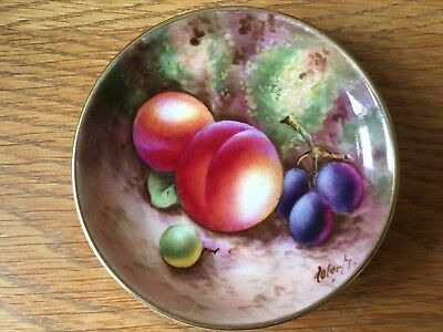 Very Fine Vintage Royal Worcester Porcelain Hand Painted Pin Dish ~ Signed.