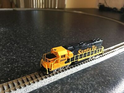 Life-Like #7843 GP-38 #3500 Santa Fe Locomotive -very good condition!