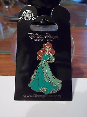 Ariel from The Little Mermaid BRAND NEW Glitter Princess Disney Trading Pin!!