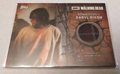 2017 Topps Walking Dead Season 7 Daryl Dixon 3 color flannel Jacket Relic