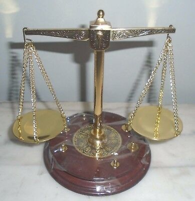 FRANKLIN MINT BALANCE SCALE with BRASS WEIGHTS