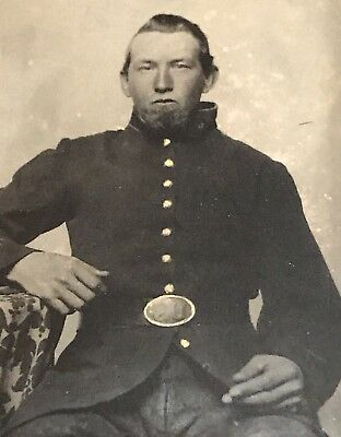 Antique Tintype Civil War Union Soldier 1/6 Plate Photo * Photograph