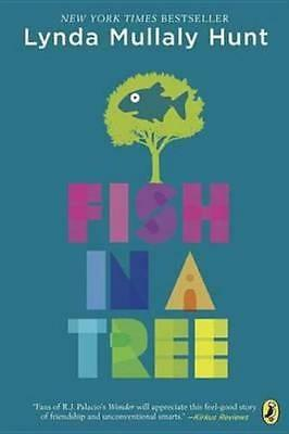 NEW Fish In A Tree By Lynda Mullaly Hunt Paperback Free Shipping