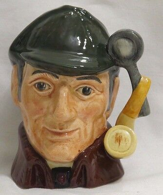 "Royal Doulton Character Toby Jug The Sleuth D6635 4"" Small Made In England"
