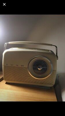 Bush Tr 82C Vintage Lw/mw Radio Battery Operated Nice Working Condtion