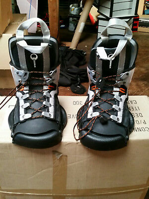 Wakeboard boots/bindings/watersports/sporting goods/O'Brien