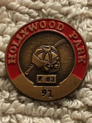Red Hollywood Park Official's Pin #91