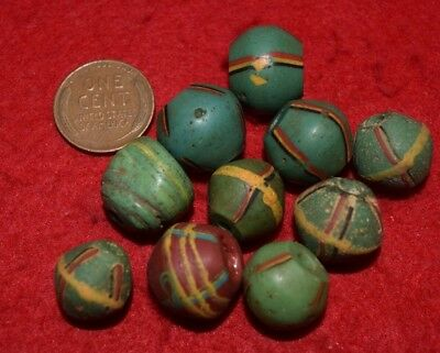 10 Africa-trade King beads (9 green, 1 brown) Old and nice!