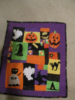Homemade machine appliqued and quilted Halloweem walil hanging   new