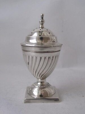 Dainty Antique Chester 1897 Solid Sterling Silver Pepper Pot/ H 6.6 cm