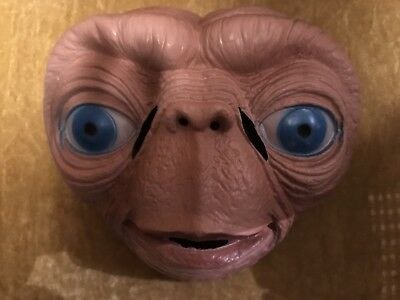 Cesar France E.T. Extra-Terrestrial Halloween Costume Mask From Collegeville