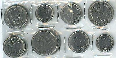 URUGUAY: LIGHTLY CIRCULATED 1990'S - 00's COIN TRIO, 10 TO 50 CENTESIMOS