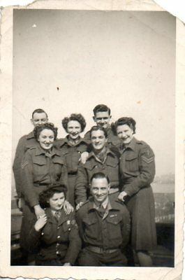 British Soldiers Men & Ladies In Brussels In 1946 Military Photograph