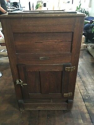 Antique Vintage Wood Ice Box, Very good condition