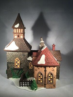 """Department 56 Dickens village Series """"The Olde Camden Town Church"""" 1996"""