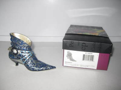 Just the Right Shoe by Raine Memphis 57.26028 Complete COA Department 56