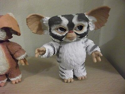 "Gremlins Figure.... Mogwai Figure 3, ... 4 "" Tall"