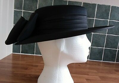 Black Formal Hat From Kangol With Black Bow