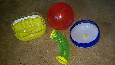 ferplast/ WUNDAPETS - mixed Accessories (Ball , Wheel, Tube and Carry case)