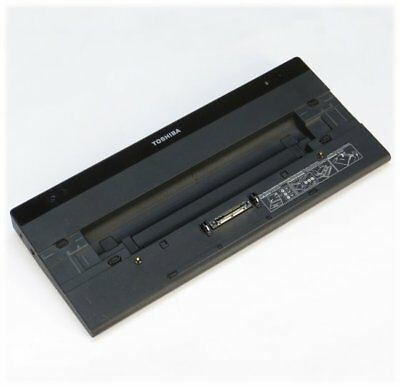 Toshiba PA3916E-1PRP Dockingstation für Laptop Portege R830 Tecra R840/R850