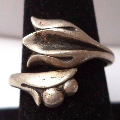 Stunning Vintage Estate Signed Avon Sterling Silver Flower Size 4 Ring!!! 6795Z