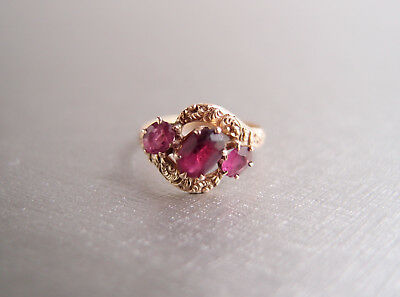 antique Georgian 10k Gold Ring 1830s Ruby Garnet Paste 3 stone Victorian pinky 4