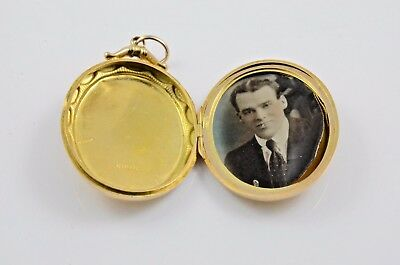Antique 15 carat gold oval locket Chester 1917 hand tinted photo 32 mm