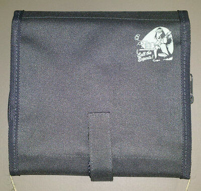 """Wallace & Gromit Toiletry Bag """"Call the Experts"""""""