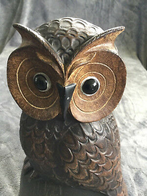 Wood carving Night Owl.