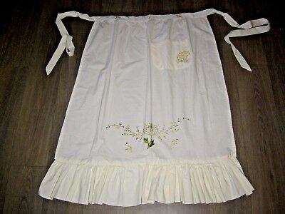 Vintage cream calico cotton hand embroidered long apron frill hem 1 pocket