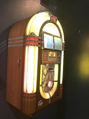 MINT Wurlitzer Princess One More Time 120 CD Jukebox - HARDLY USED w 98 CDs incl