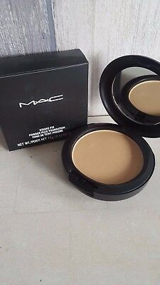 Mac Studio Fix Powder Plus Foundation NC37