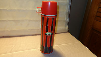 VINTAGE1971 KING-SEELEY RED And BLACK  METAL HOT/COLD XL THERMOS BOTTLE #2410