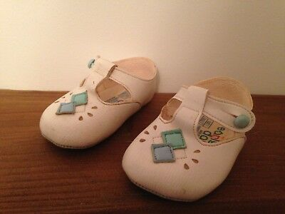 Vintage pair of baby girls shoes, size 1  - made in England