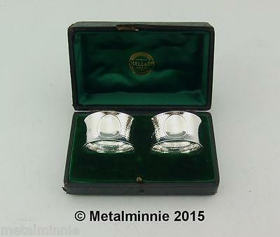 Lovely Pair Cased Edwardian Arts & Crafts Solid Silver Napkin Rings