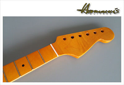 Stratocaster Flamed Maple Replacement Neck, Finish Vintage High Gloss, 22 Frets