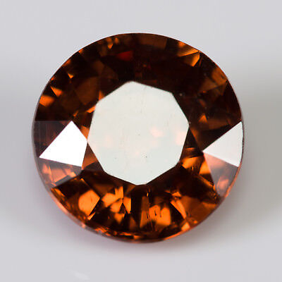 1.47 ct Zircon Red brown / Cognac colour. Round cut with a high grade polish.