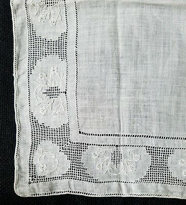 A12 Vintage Embroidered Lace Linen Hanky Hankies Bridal Wedding Floral Flower