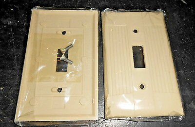 NOS QTY 2 Ivory EAGLE Ribbed Bakelite Single toggle Switch plate Cover w screws