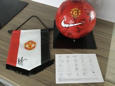 Manchester United Squad Signed Ball X15 Offical Hologram Coa + Signed Pennant