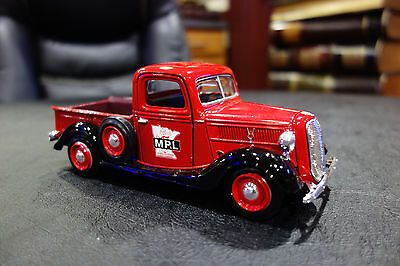 REDDY KILOWATT OLD FORD V-8 MP&L DIE CAST 1:24 Scale pick up truck. NO BOX