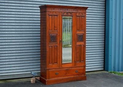 Antique Mahogany Wardrobe Carved With Drawer.