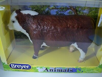 Breyer Animals #1733 Hereford Bull NEW NIB 2015