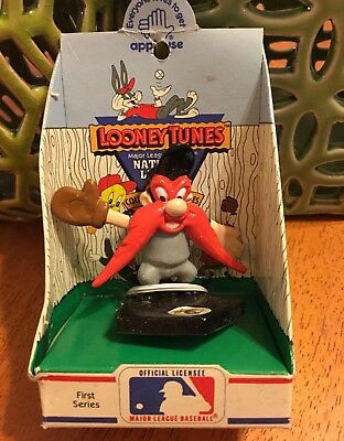 WB Warner Brothers YOSEMITE SAM Applause MLB Pittsburgh Pirates Vintage Toy