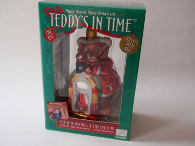 NEW HAND BLOWN GLASS CHRISTMAS ORNAMENT Teddys in Time The 40's,TEDDY AT JUKEBOX