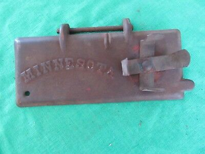 Vintage Cast Iron Minnesota Tool Box Lid With Oil Can Holder Rare!! Lot 17-82-10
