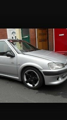 Gloss White 22mm Bonnet Raisers Ford Escort Rs Turbo S1 And S2
