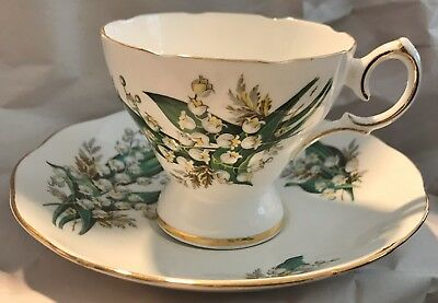 QUEEN ANNE Teacup and Saucer Gold Gilt May Bells MUSICAL Bone China England