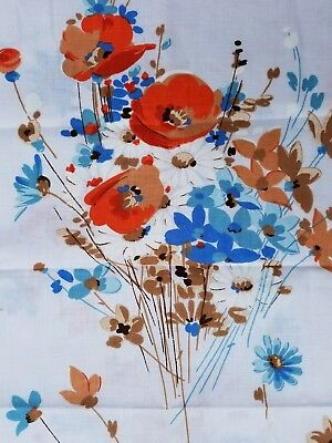 Vintage Mid Century PAIR of NEW (Old Stock) Muslin STD Pillowcases Poppy Floral
