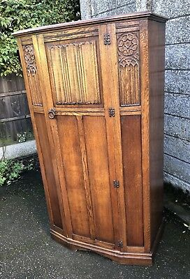 Fine Arts & Crafts Carved Oak Fitted Oak Hall Wardrobe- 2 Man Delivery Available